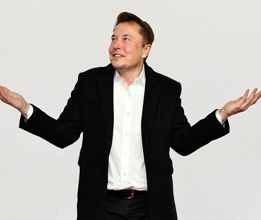 Elon Musk attends the 'Das Goldene Lenkrad' Award in Berlin