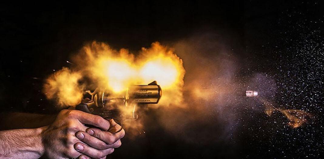 ruki_pistolet_102051